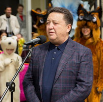 А. Фельдман подарил Харьковскому зоопарку гепарда